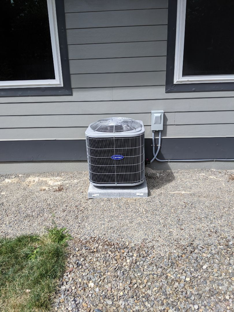 Portland, OR - Installed a Carrier Comfort series 2 ton air conditioner.