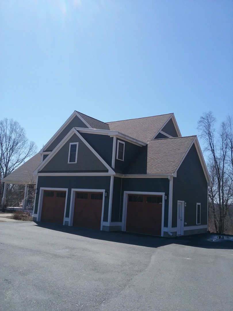 Sterling, MA - Finishing up a James Hardie siding job in Sterling everything is going really well