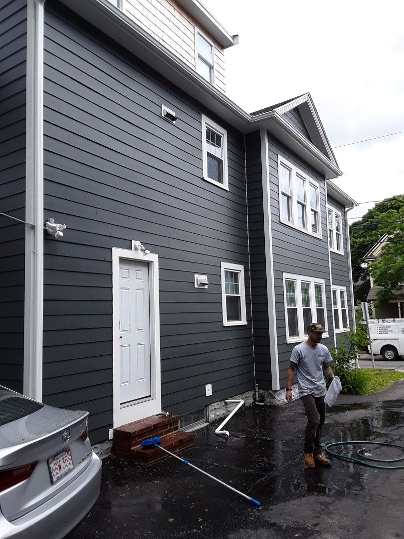 Somerville, MA - Cleaning up some Hardie Smooth Plank Siding to make it shine