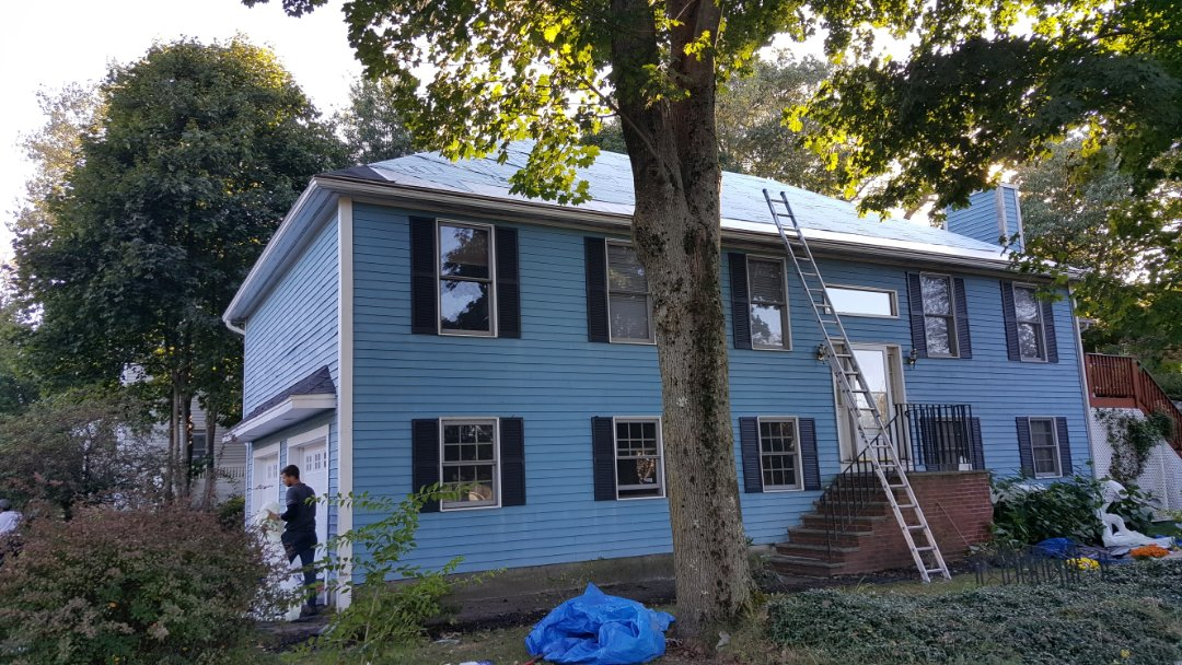 Winchester, MA - Checking  in at the second roof project we have in progress in Winchester, MA this week.  We are installing #GAFAsphaltRoofShingles. #SolidStateConstructionMA #StartWithQualityFinishBeautifully #GAFFactoryCertifiedMasterEliteRoofingContractor #WeProtectWhatMattersMost