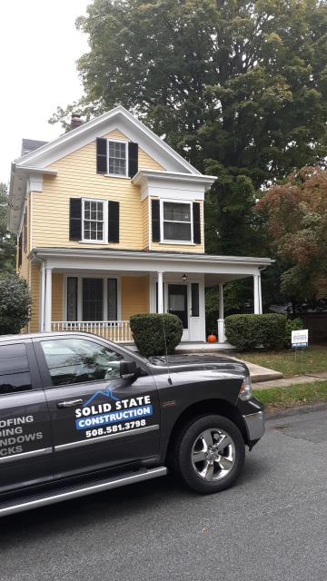 Winchester, MA - Brand new GAF shingle roof in Charcoal!