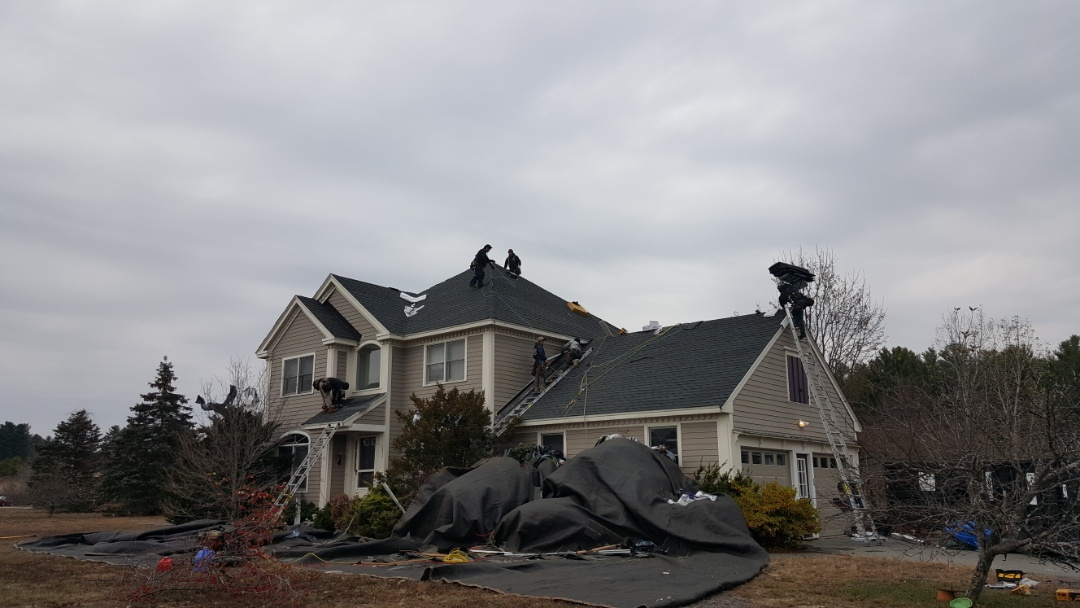 Townsend, MA - Checking in at our jobsite in West Townsend where are crew are currently installing #GAF #Asphalt #Roof singles in this home.   #SolidStateConstructionMA  #GAF Factory Certified #MasterElite #Contractor