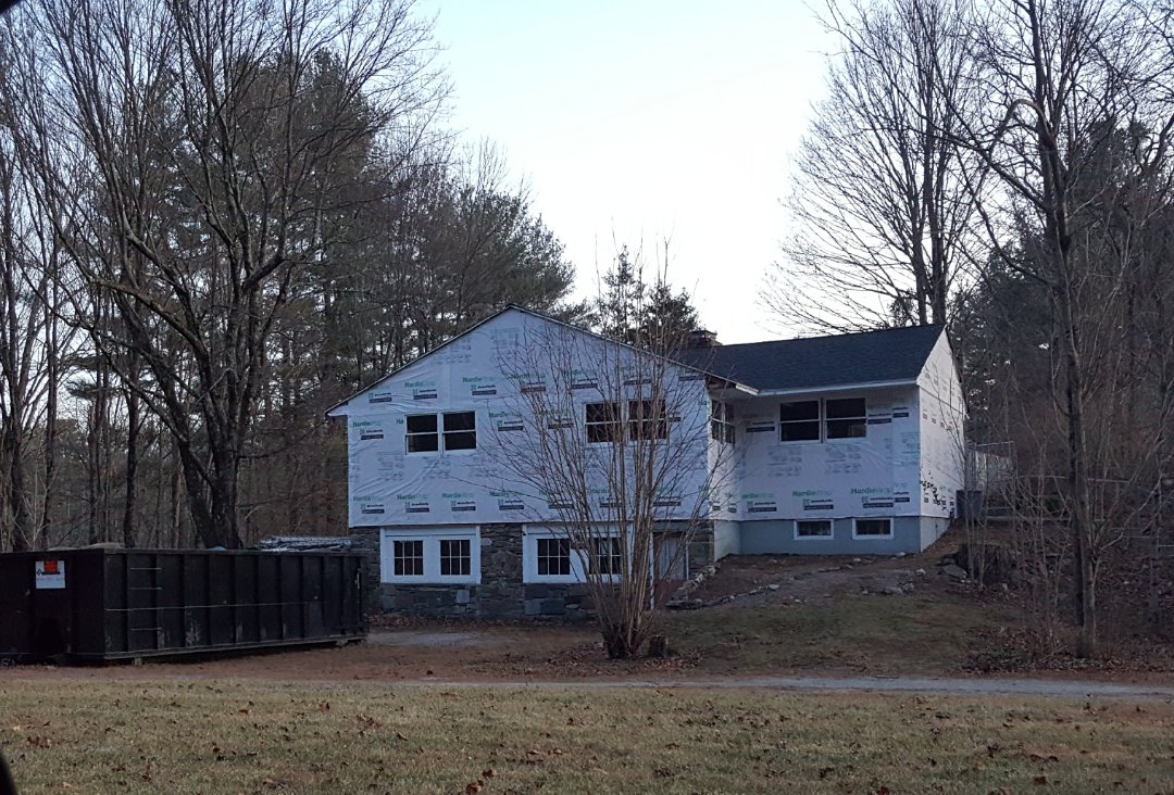 Groton, MA - After canvassing the neighborhood,  checked in at our  jobsite in Groton, MA where we are installing #JamesHardie #FiberCement #Clapboard #Siding in this home.  #SolidStateConstructionMA  #MyHardieHome