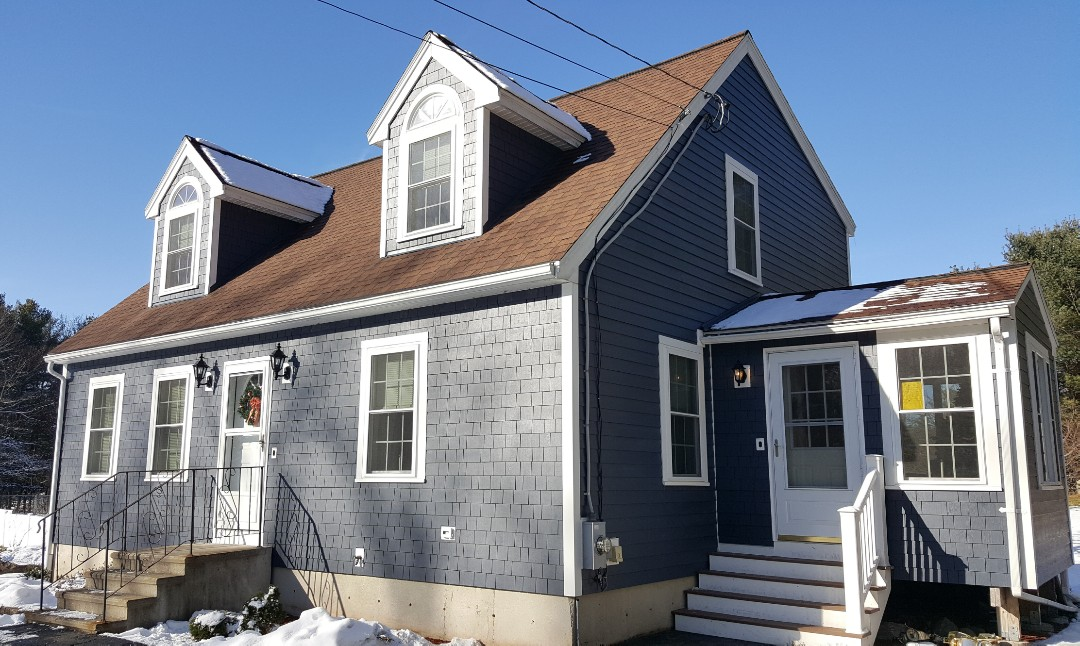 Tyngsborough, MA - Just done in installing #JamesHardie #FiberCement #Clapboard and #Straight #Edged #Panel #Shingles #Siding in this home in Tyngsboro, MA.  Our crew once again did a great job.    #SolidStateConstructionMA  #MyHardieHome