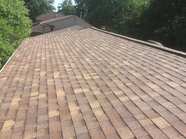 Plymouth, MI - Aged cedar is a great color that Dave picked for his roof replacement.