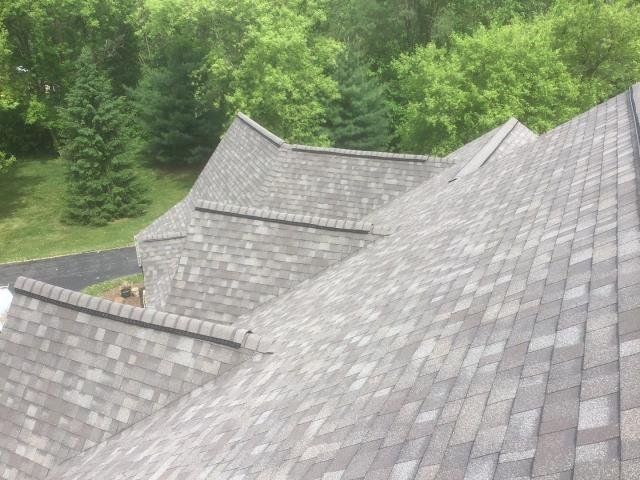 Plymouth, MI - A great looking roof we replaced for Hank!