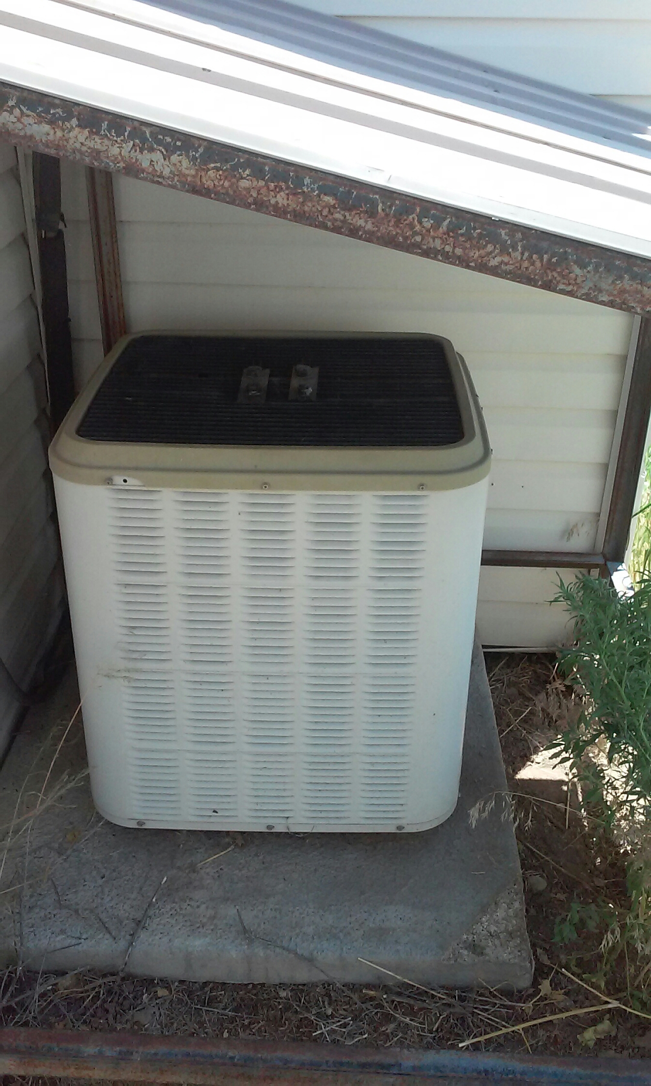 Milford, UT - Repair on a Lennox ac in Minersville Utah