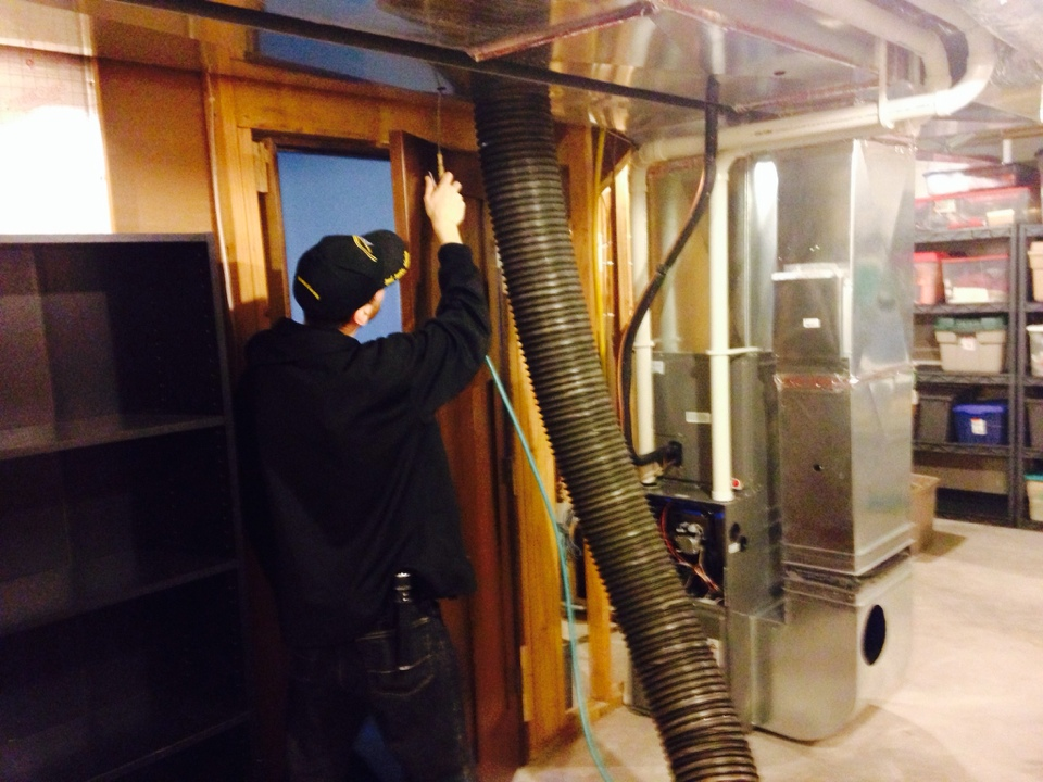 Hudson, WI - Performed a furnace and duct cleaning