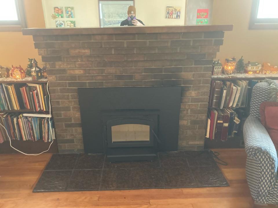 Mendota Heights, MN - Installed new wood burning insert