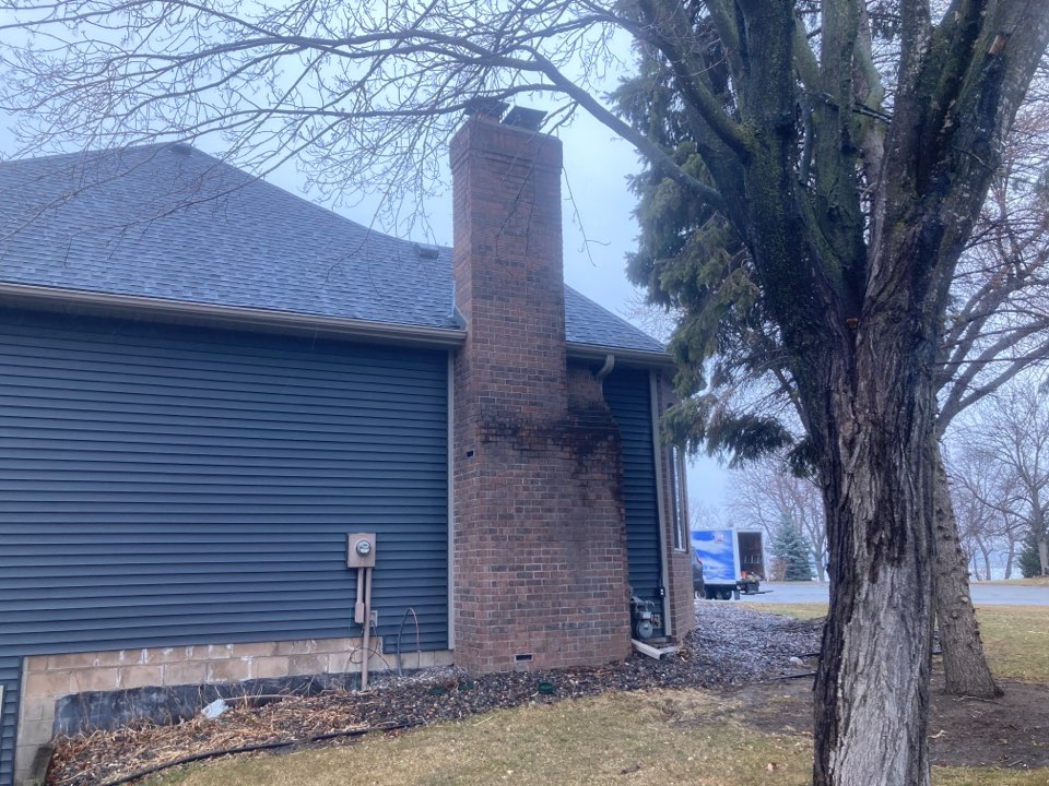 Forest Lake, MN - Double chimney cleaning and smartscan flue liner inspection- proposal for new lining systems and a crown