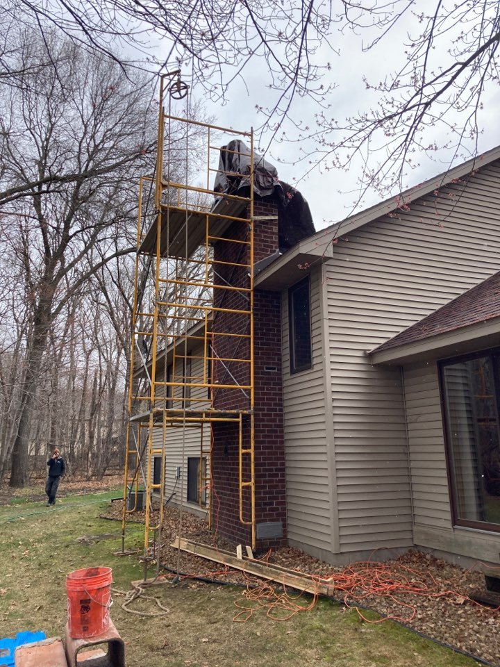 Wyoming, MN - Install stainless steel liner