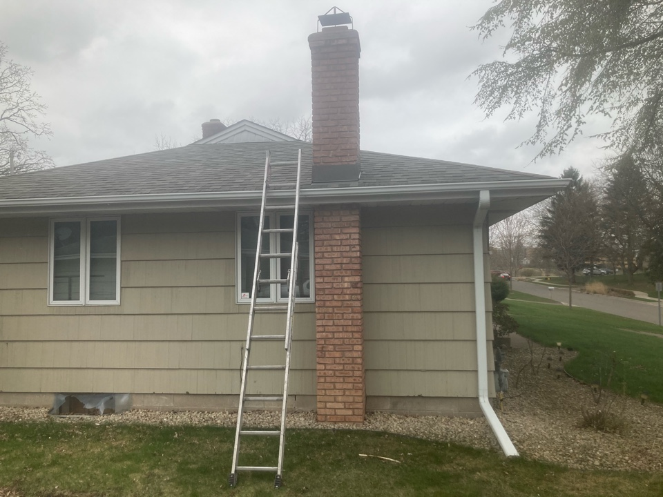 Maplewood, MN - Chimney cleaning and smartscan flue liner inspection - proposals for repairs