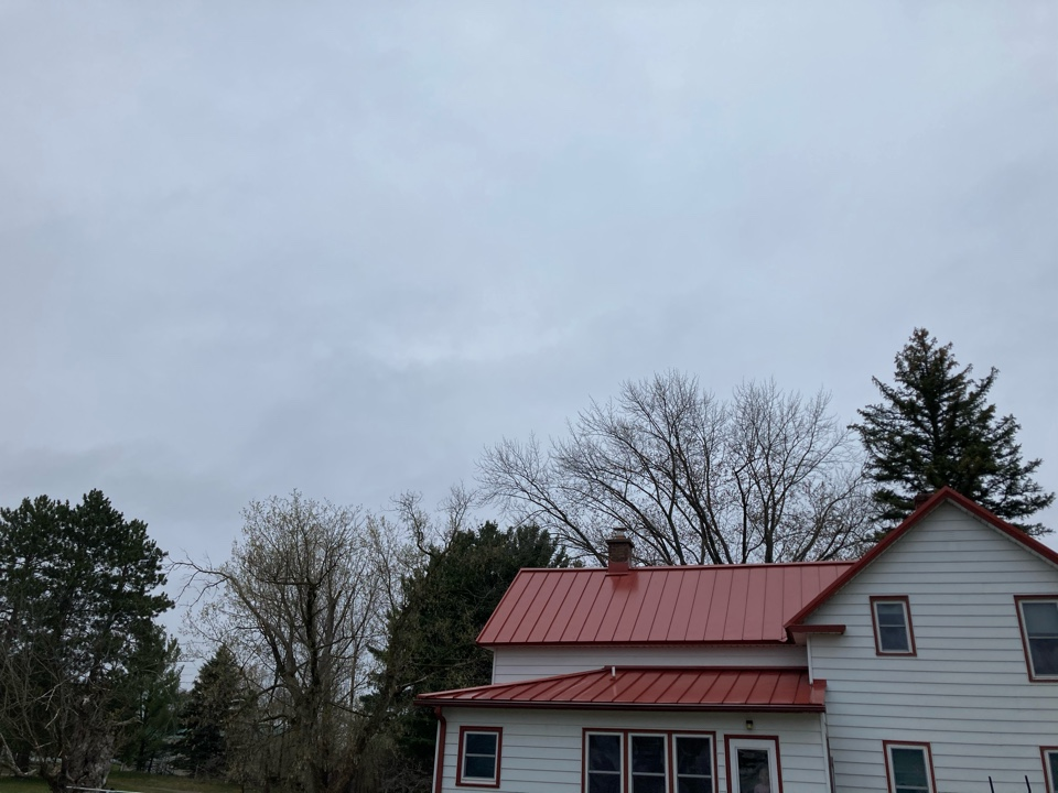 Isanti, MN - Roofline rebuild and new lining system