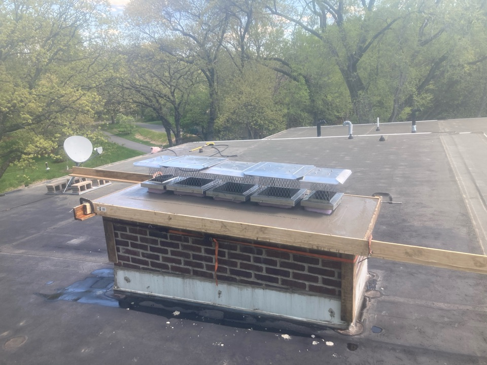 Minnetonka, MN - New crown and screens - triple reline and two gas log sets