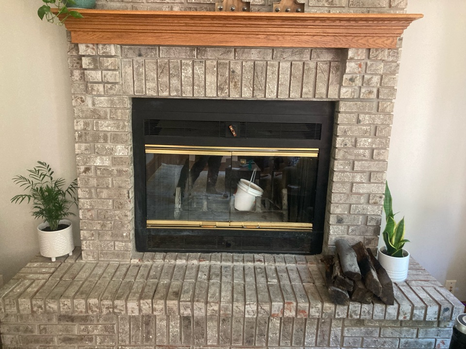 Lake Elmo, MN - Chimney cleaning and smartscan flue liner inspection- proposal for a new refractory floor - added screen to cap