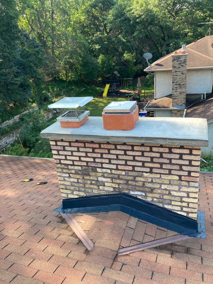 Vadnais Heights, MN - Flash seal and clean up
