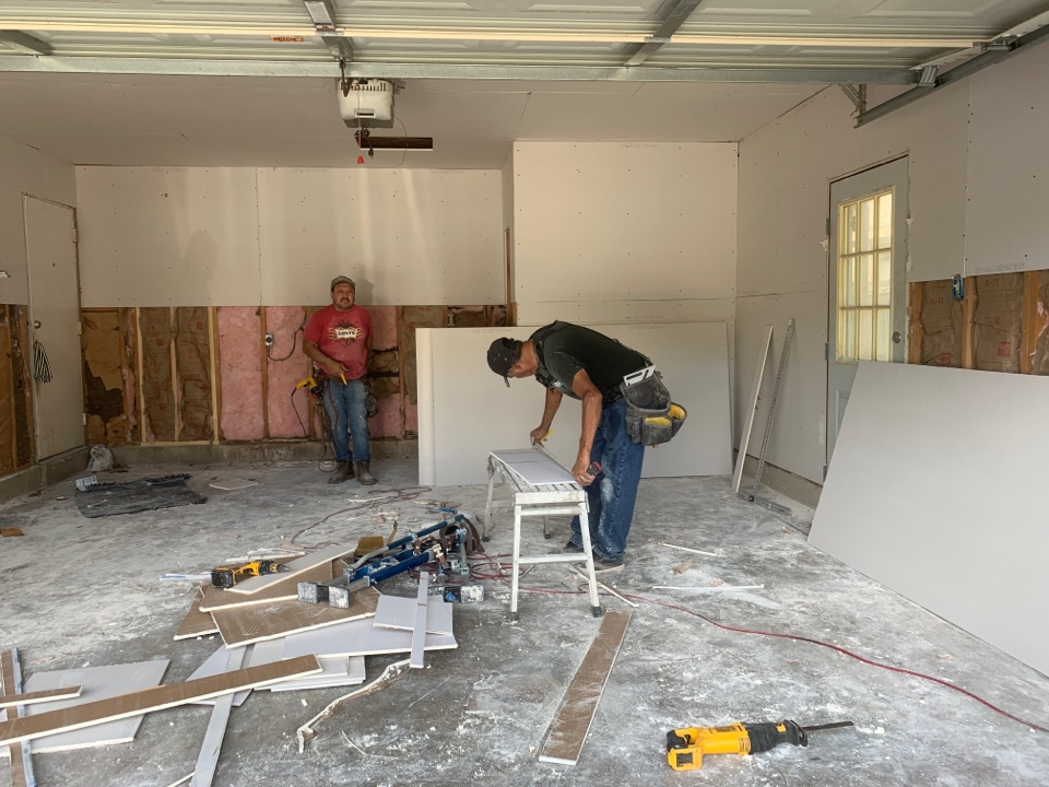 San Antonio, TX - Stopped by to see the progress at homeowners garage conversion.