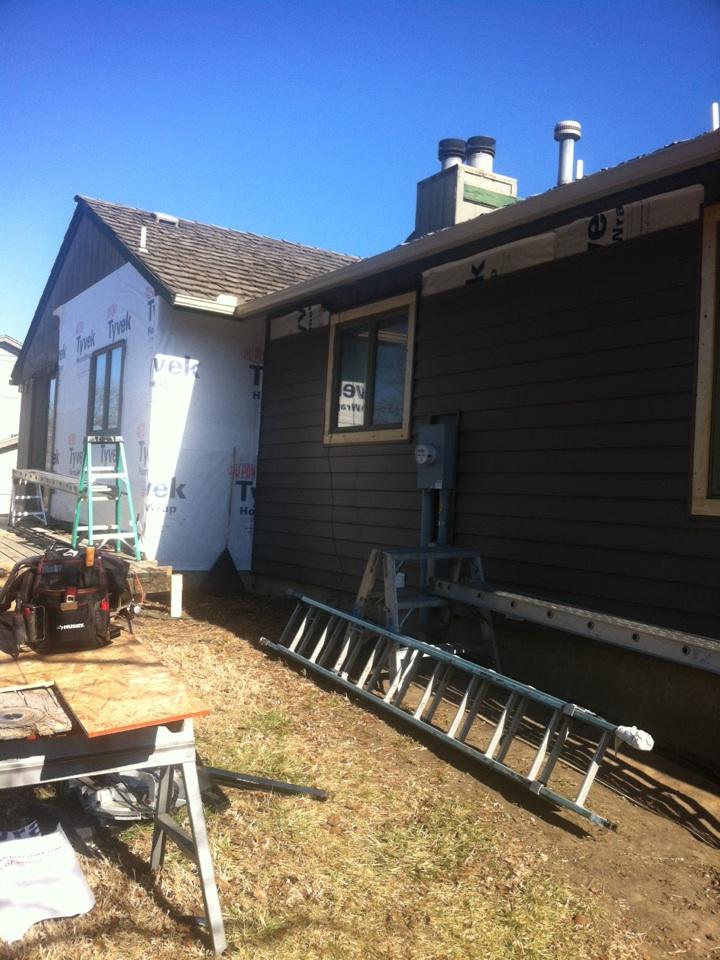 "Wichita, KS - New energy efficient Tyvek and 7"" maintenance  free siding. Looking good!!"