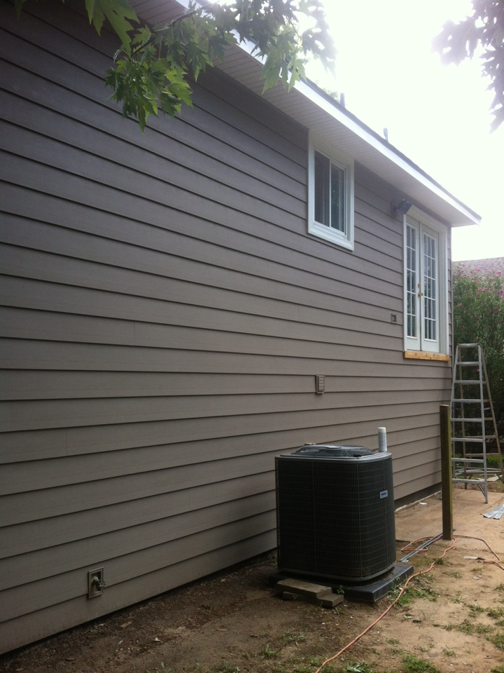 "Derby, KS - This job of ""Everlast"" is looking very beautiful with white trim"