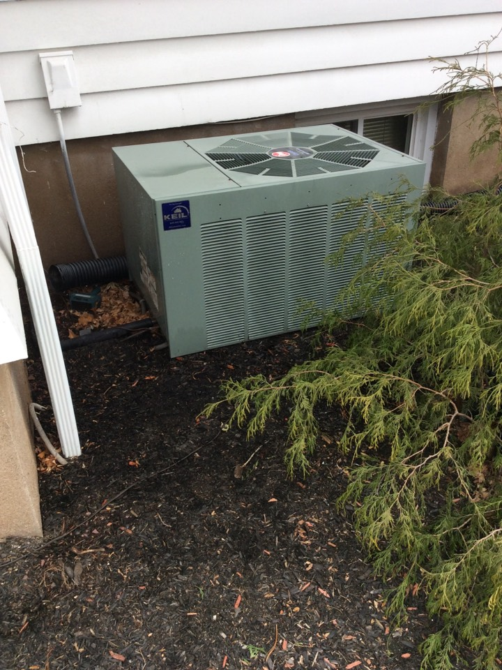 Haledon, NJ - PERFORM AIR CONDITIONING MAINTENANCE ON A RHEEM AIR CONDITIONING SYSTEM