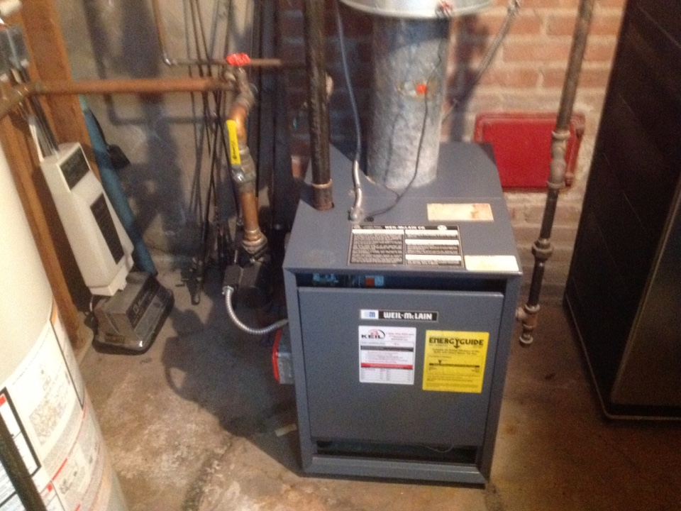 Paramus, NJ - Maintenance and tune up on WEIL MCCLAIN gas boiler.