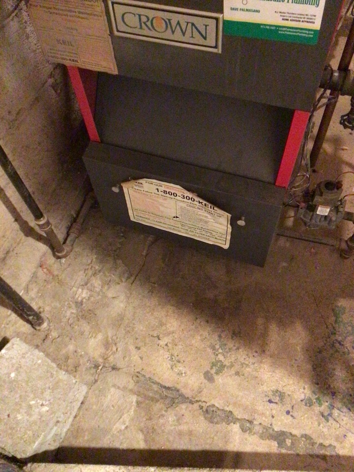 Ringwood, NJ - PERFORMED TWENTY POINT PRECISION TUNE UP ON  CROWN GAS BOILER