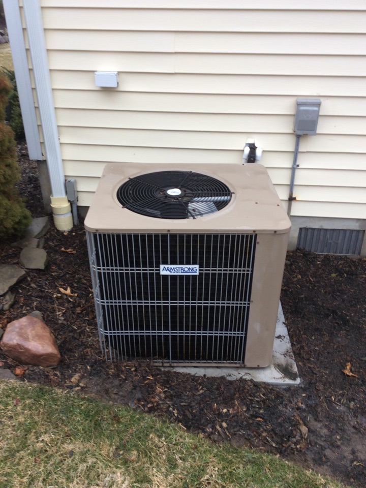Sparta Township, NJ - PERFORM MAINTENANCE ON A AMANA AIR CONDITIONING SYSTEM