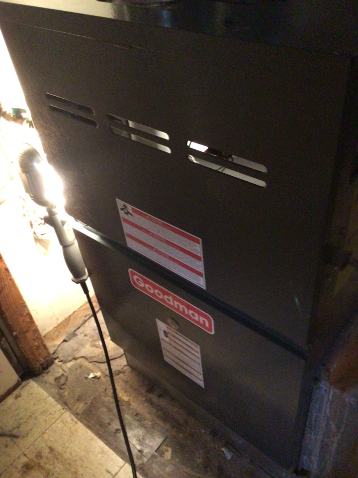 Pequannock Township, NJ - PERFORMED TWENTY POINT PRECISION TUNE UP ON GOODMAN GAS FURNACE