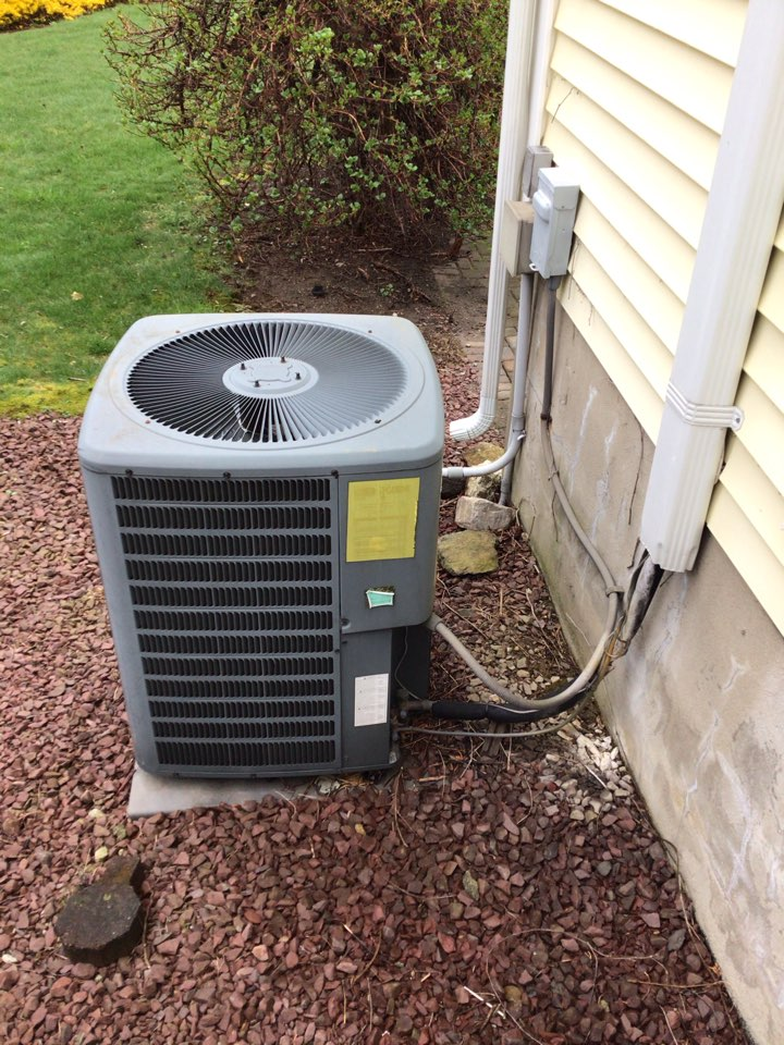 West Caldwell, NJ - PERFORMED 3 TWENTY POINT PRECISION TUNE UPS ON AIR CONDITIONING UNITS