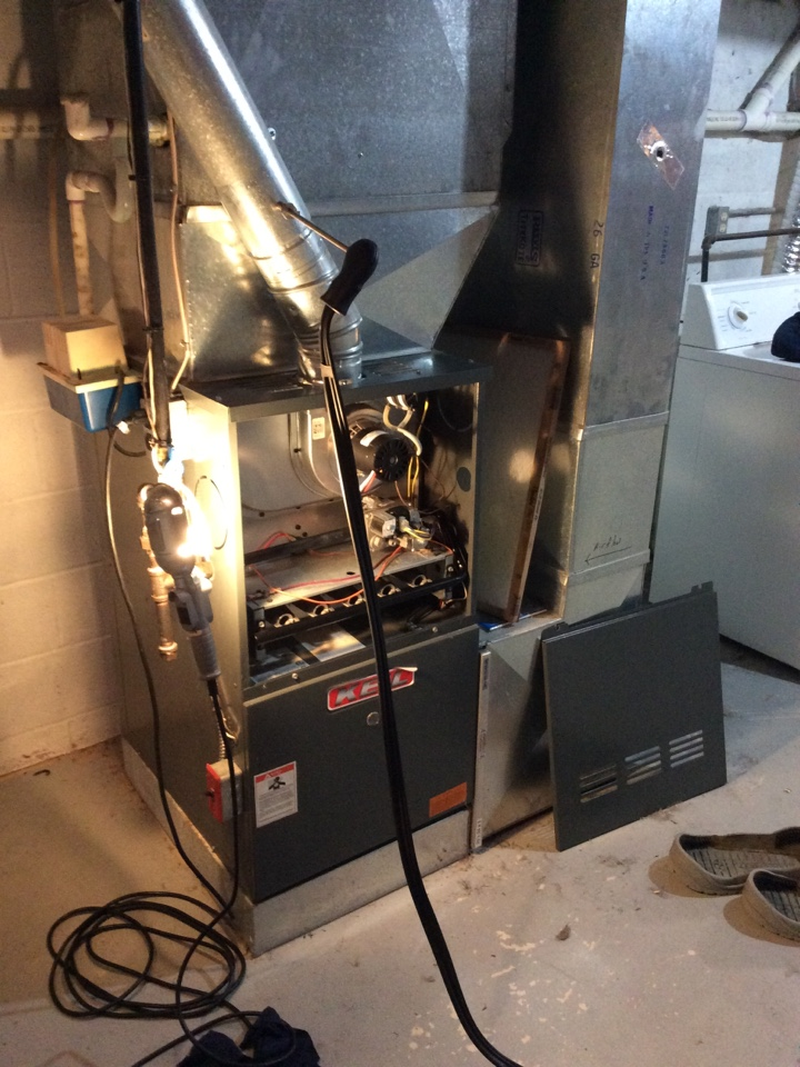 Sparta Township, NJ - PERFORM MAINTENANCE ON A GOODMAN PROPANE FURNACE