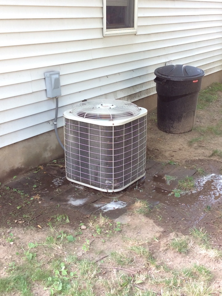 Waldwick, NJ - PERFORM MAINTENANCE ON BRYANT AIR CONDITIONING SYSTEM