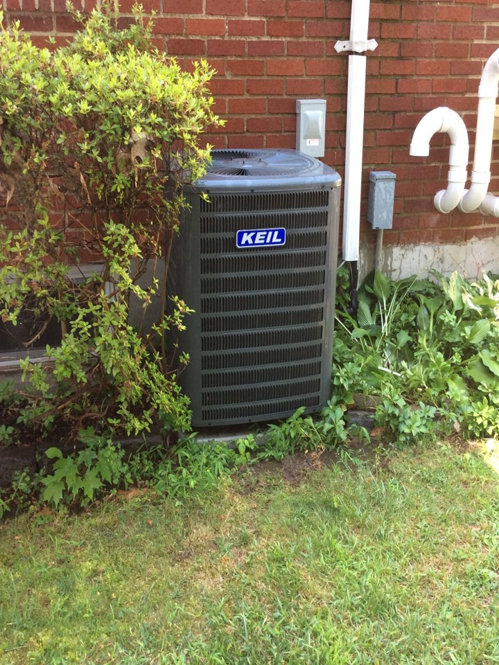 Boonton Township, NJ - PERFORM MAINTENANCE ON AC UNIT.