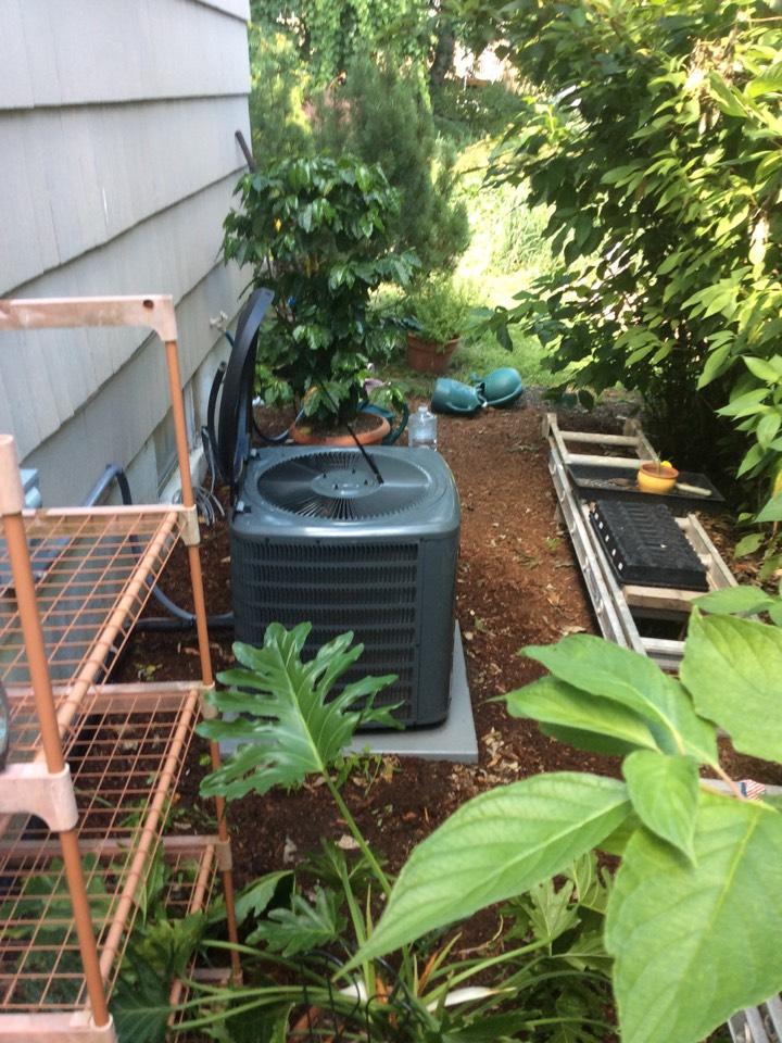 Boonton Township, NJ - Performed routine maintenance on goodman AC system.