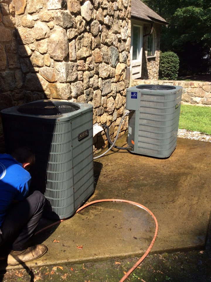 Rockaway, NJ - PERFORM MAINTENANCE ON 2 GOODMAN AIR CONDITIONING SYSTEMS