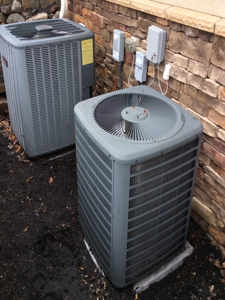 Totowa, NJ - AC SERVICE CALL, PERFORM REPAIR ON GOODMAN AIR CONDITIONING SYSTEM AND MAINTENANCE ON AMANA AIR CONDITIONING SYSTEM NEAR TOTOWA