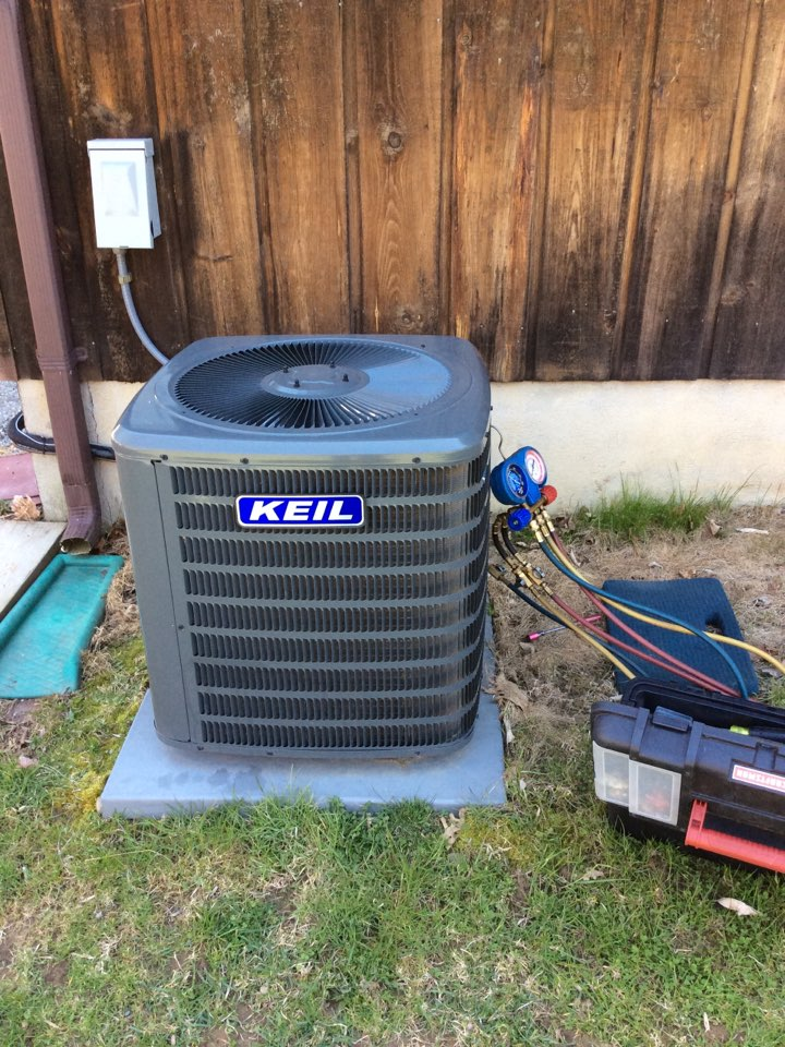 Vernon Township, NJ - PERFORM 20 POINT PERCISION TUNEUP ON A GOODMAN AIR CONDITIONING SYSTEM