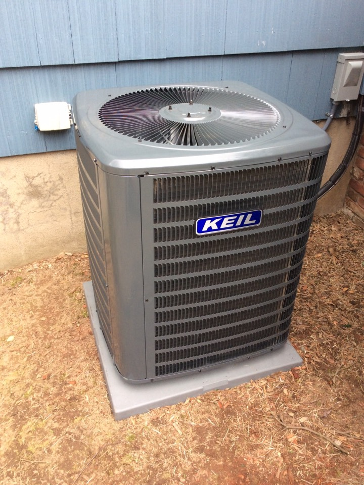 Fairfield, NJ - PERFORM MAINTENANCE ON GOODMAN AC UNIT.