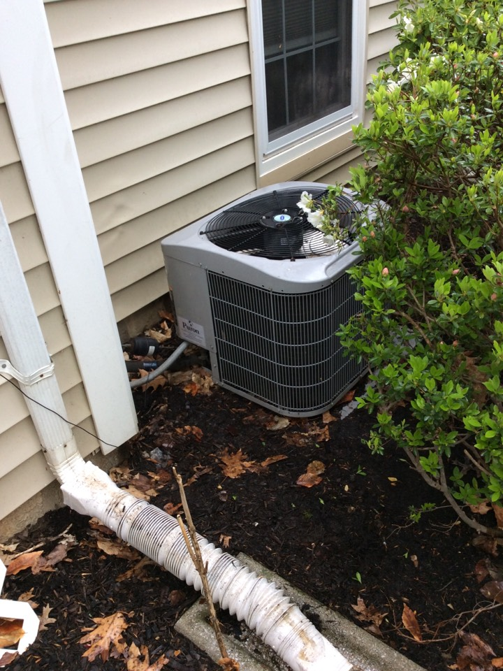 Mahwah, NJ - PERFORM 20 POINT PERCISION TUNEUP ON A CARRIER AIR CONDITIONING SYSTEM