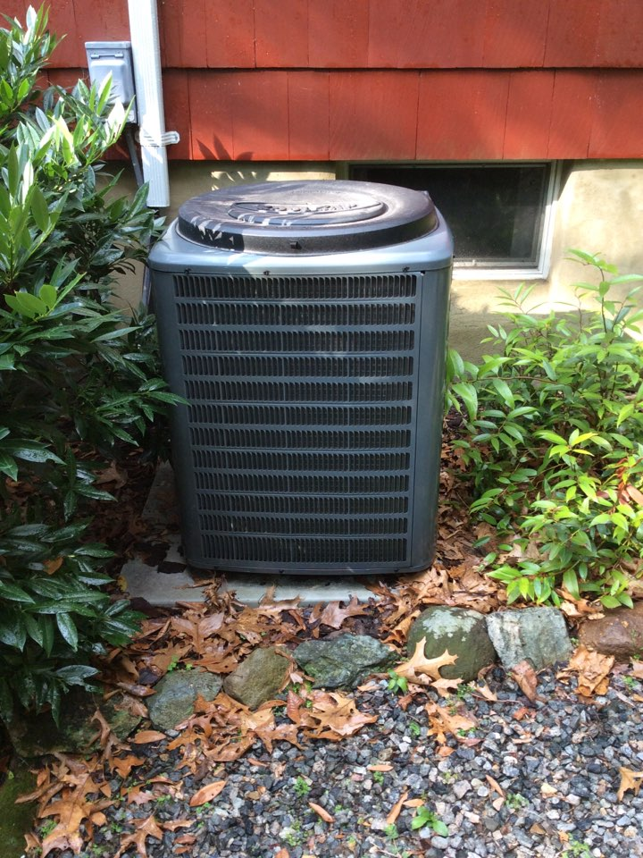 Montville, NJ - PERFORMED 20 POINT PRECISION TUNE UP ON GOODMAN AIR CONDITIONING SYSTEM.