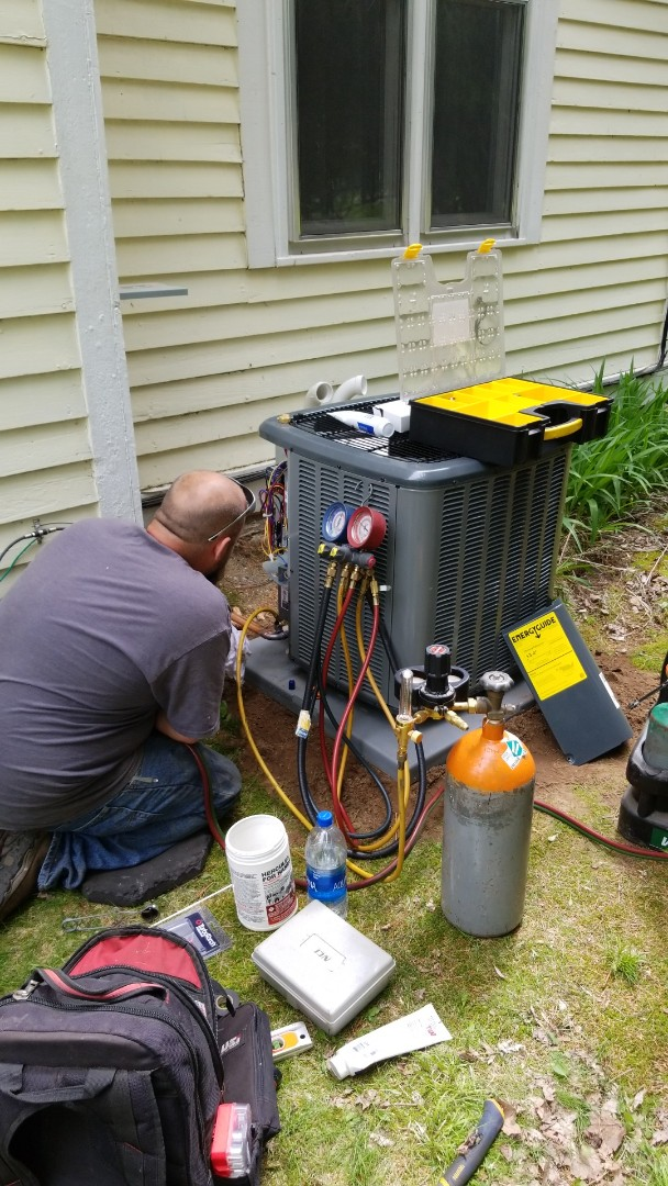 Harris, MN - Install new Amana air conditioner