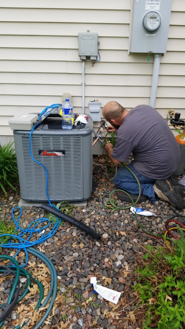 North Branch, MN - Install new Amana air conditioner