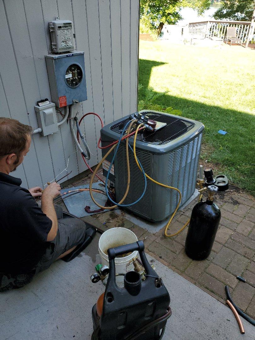 Cambridge, MN - Install new Amana air conditioner