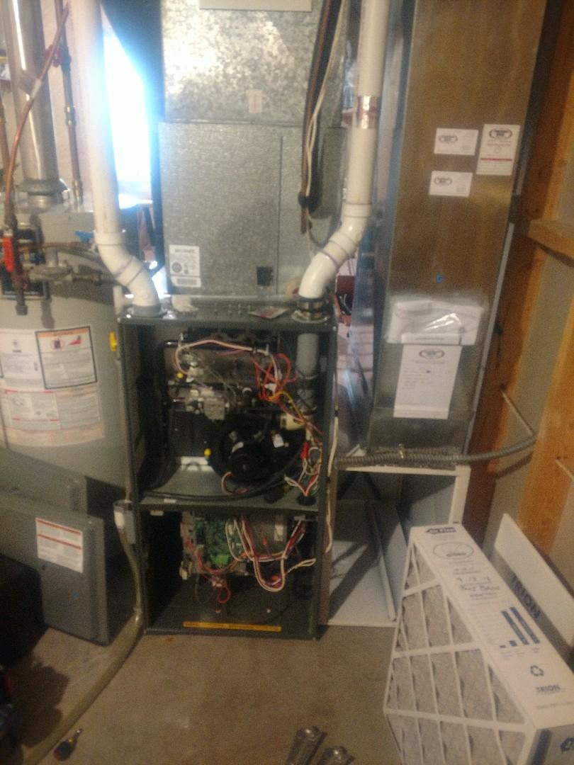 Princeton, MN - Furnace tune up. Annual maintenance on Amana Furnace