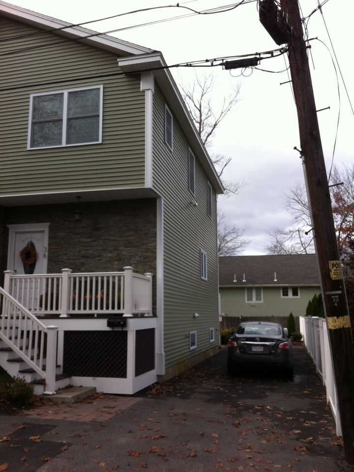Lynnfield, MA - Securing a gutter project in Lynnfield