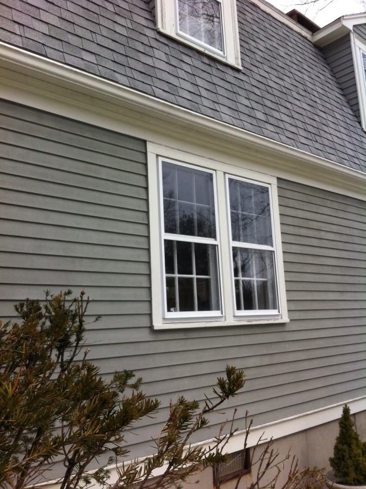 Marblehead, MA - Securing sdl grid vinyl double hung window replacement job for good long term customer in Marblehead