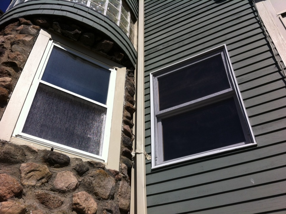 Beverly, MA - Estimating some oddball situation vinyl replacement windows in Bevrtly