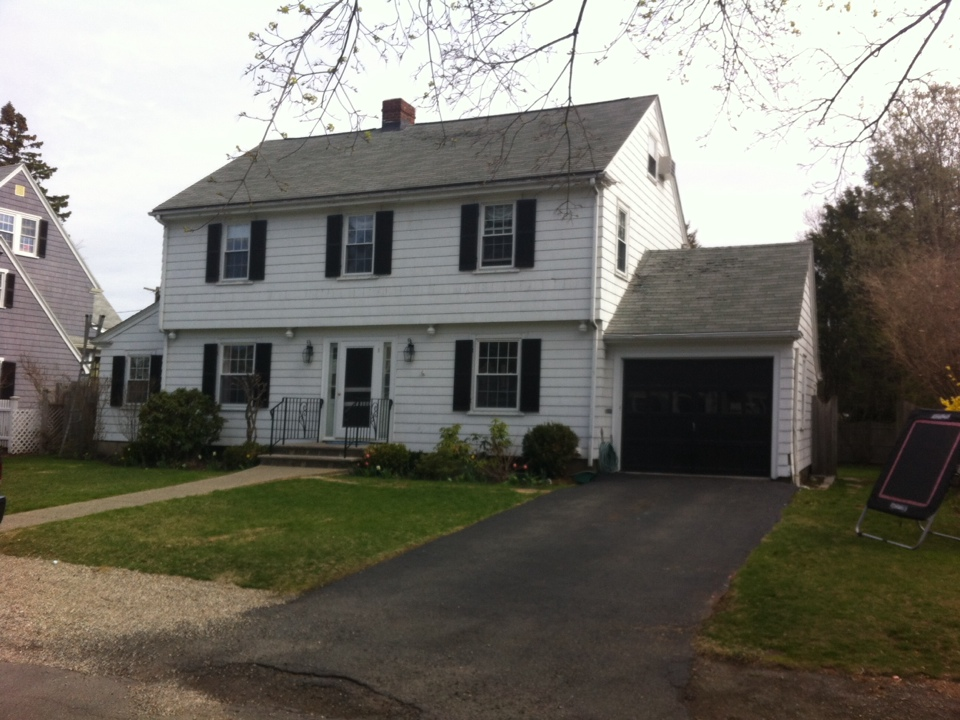 Marblehead, MA - Estimating a gutter project in Marbleheadwit a decent amount of associated carpentry