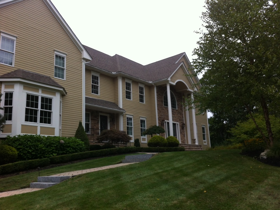 Middleton, MA - Securing a gutter project at a home in Middleton Ma