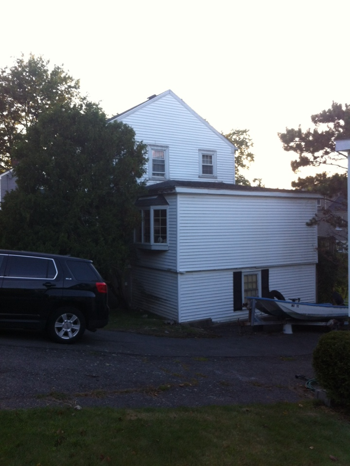 Swampscott, MA - Securing a vinyl siding and roofing combo project for a client in Swampscott ma