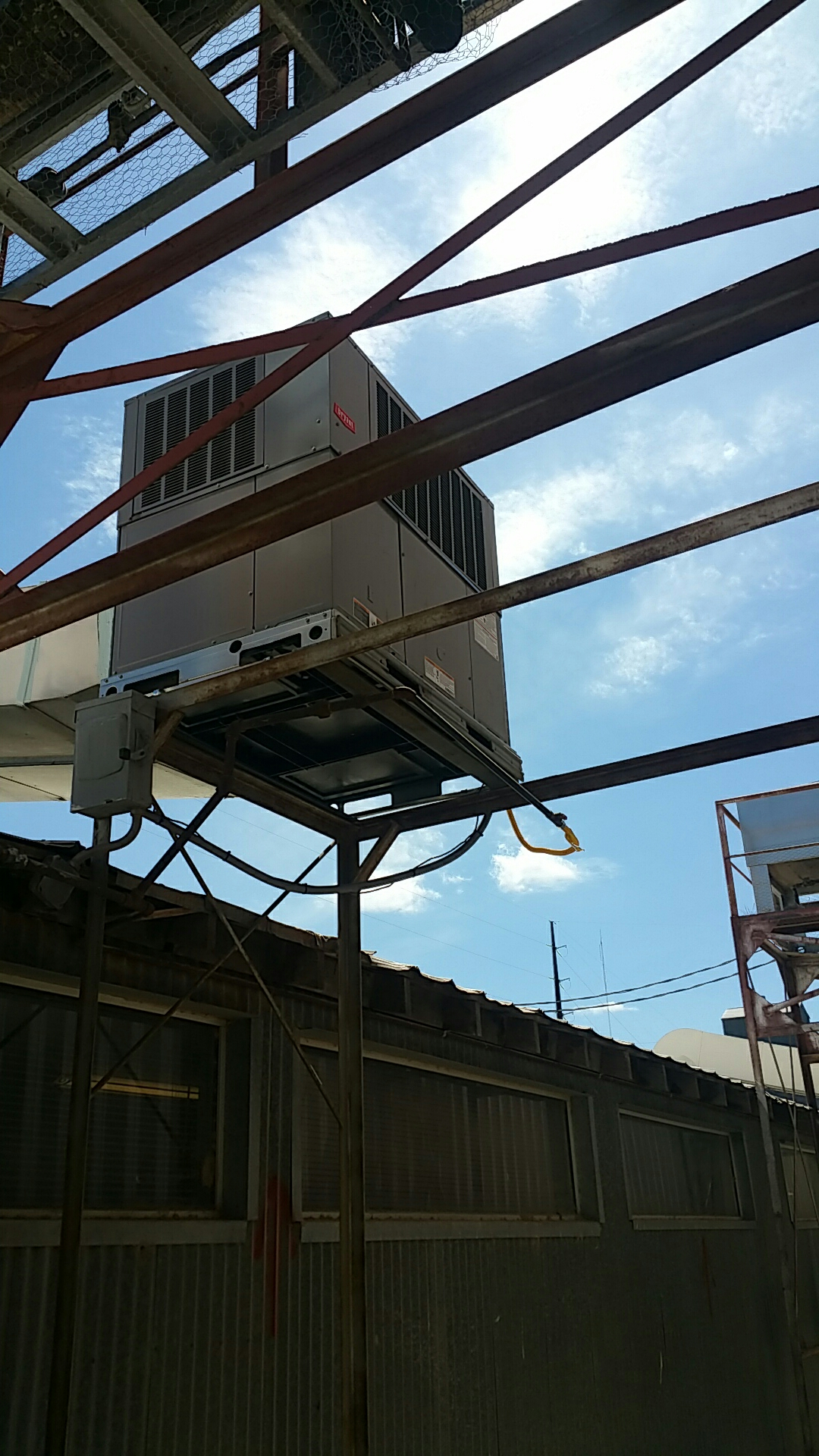 Hereford, TX - Bryant packaged unit install!